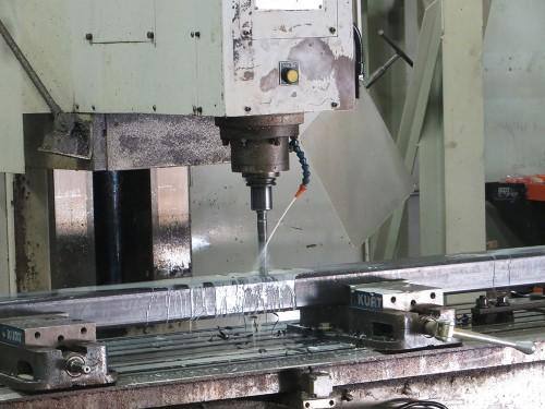 3-1-2--Hoffmann-Machining-Vertical-Milling-IMG_8820